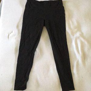 Yoga Pants/Leggings.